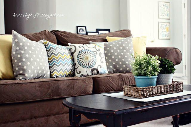 House by Hoff: Mixing Throw Pillows | Brown couch living room, Brown living  room decor, Living room color schemes