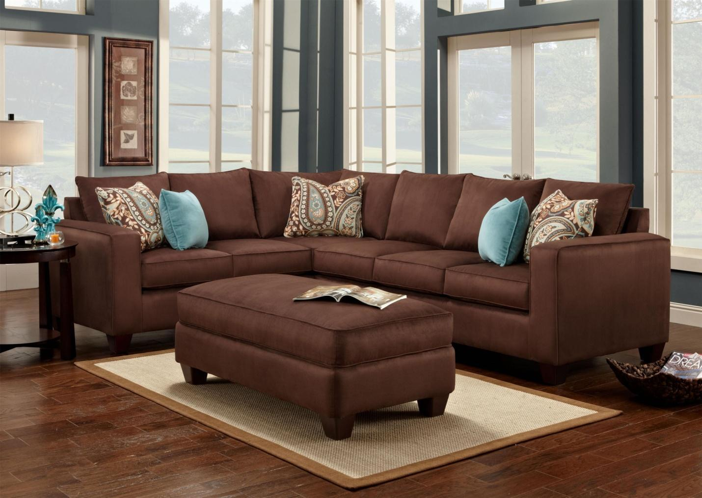 Turquoise is a great accent color to chocolate brown! #accent #pillows #sofa  | Brown sofa living room, Living room decor brown couch, Brown living room  decor